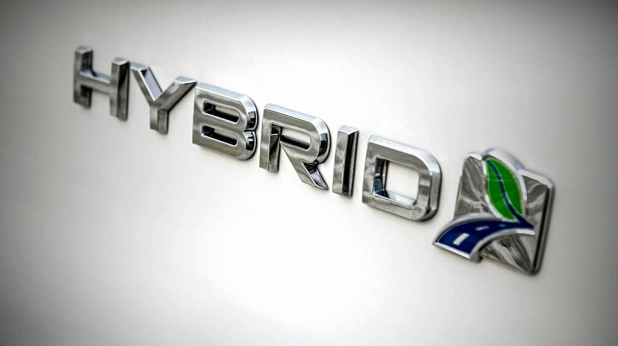 ford mondeo hybrid 2015