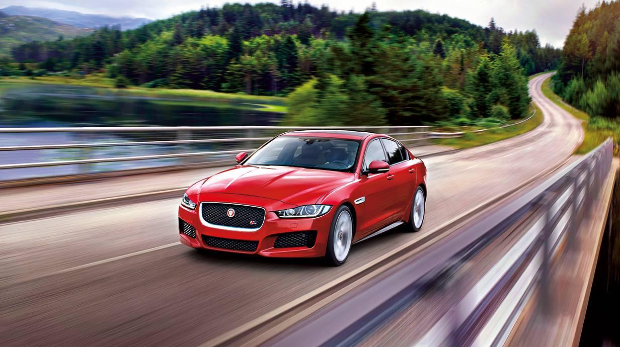 jaguar xe 2015 rot scheinwerfer front vorne