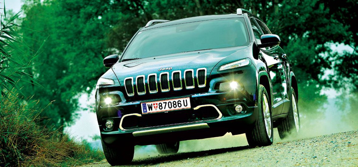 jeep cherokee multijet II AWD Limited 2014 vorne front seite scheinwerfer grill kühlergrill
