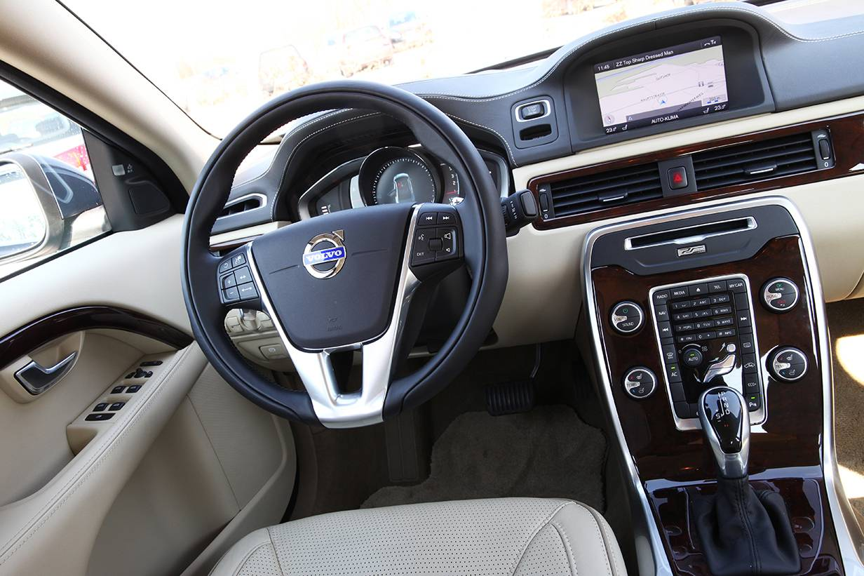 _Volvo-S80-4D-2014-4