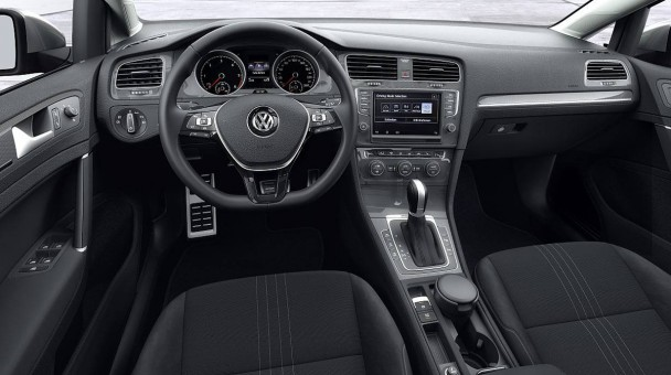 _VW-Golf-Alltrack-(6)