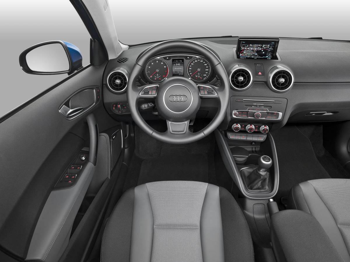 neuer audi a1 2015 innenraum interieur lenkrad cockpit mittelkonsole