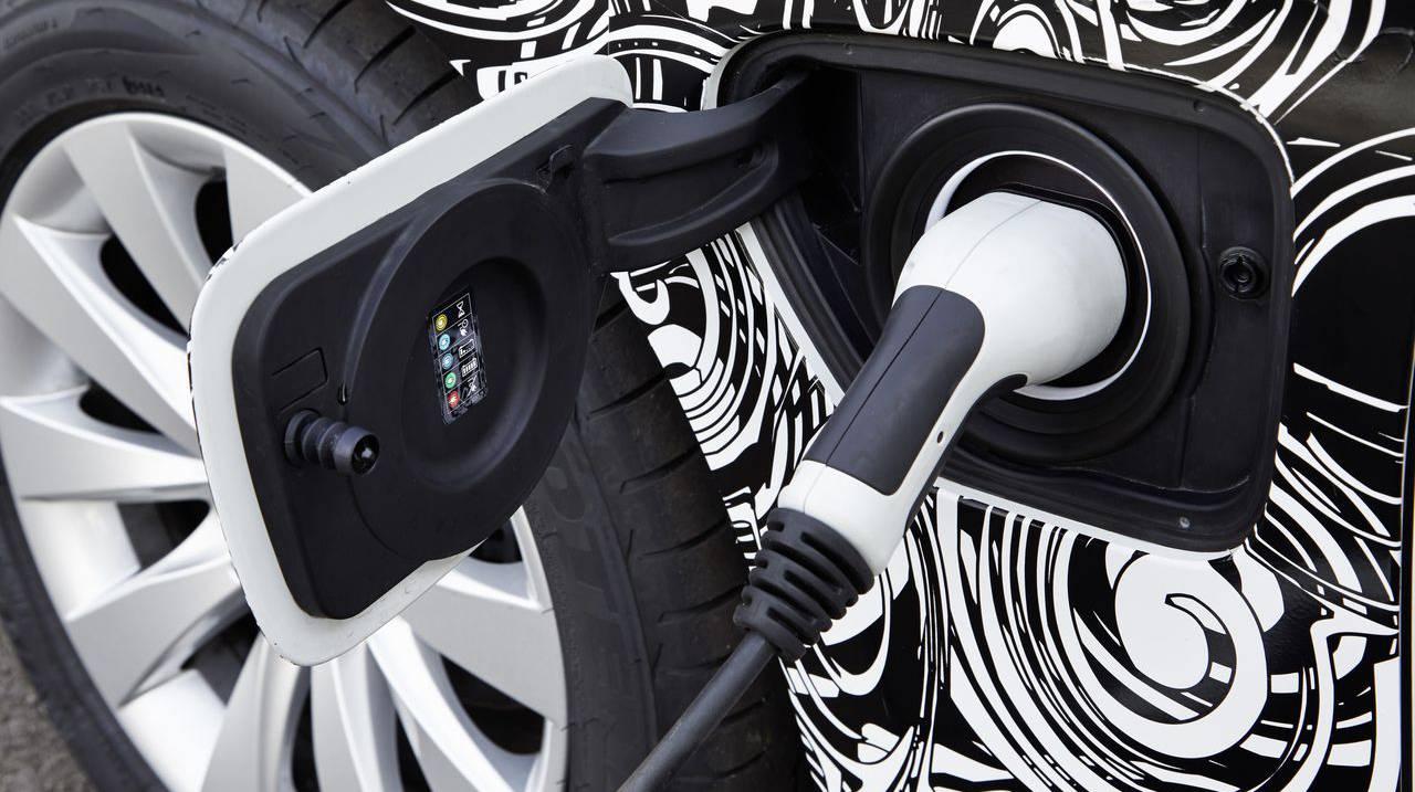 BMW 3er Plug-in-Hybrid 18