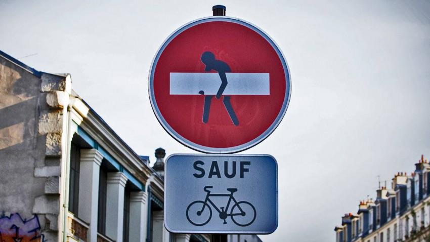 Achtung, es gibt neue Verkehrsschilder!