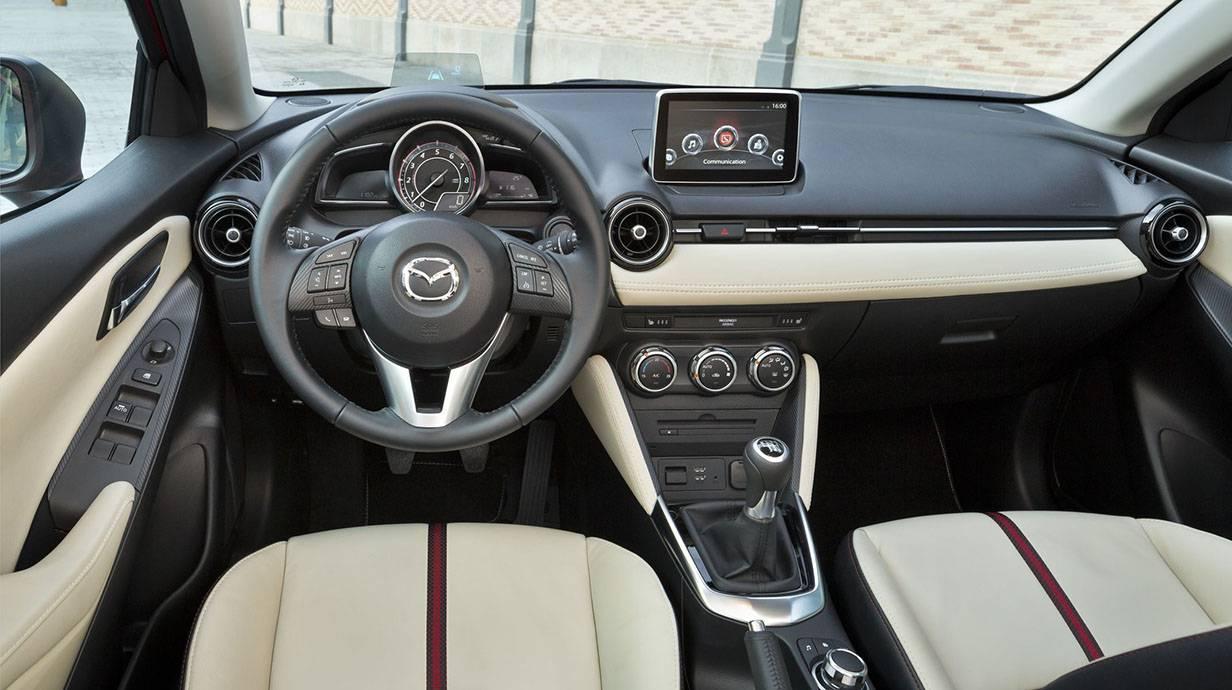 _Mazda 2 2015 13