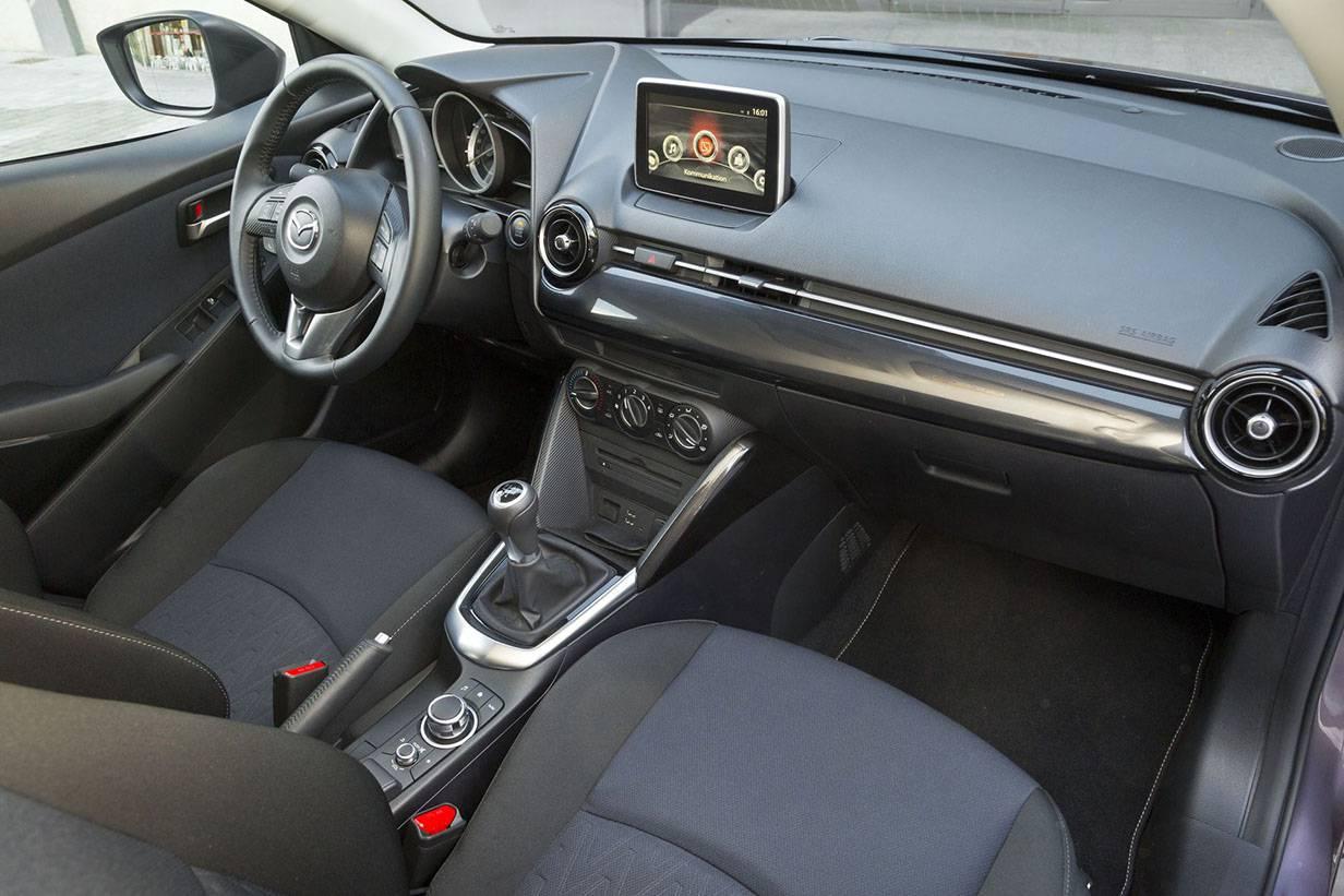 _Mazda 2 2015 5