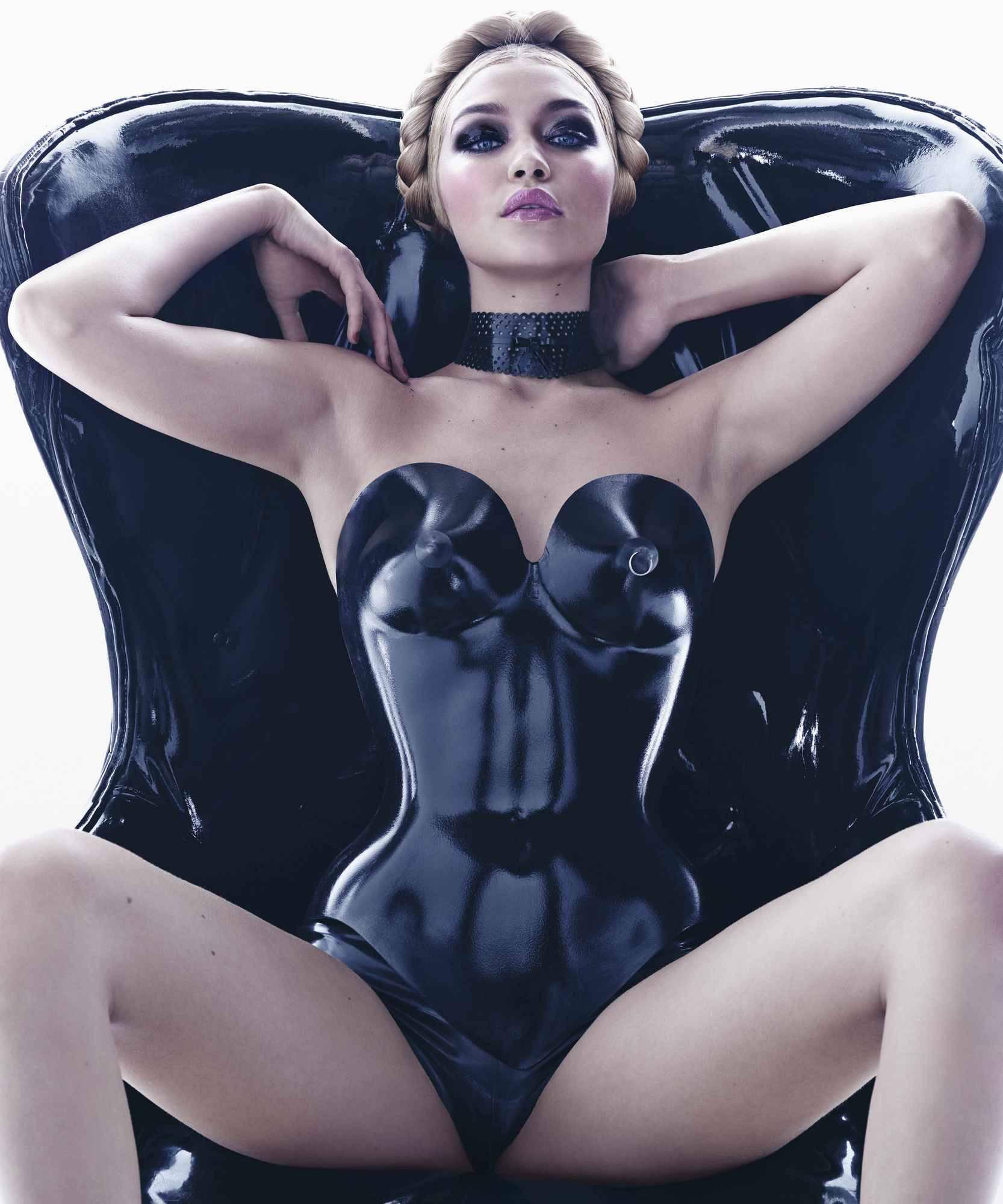 Miss November- Gigi Hadid