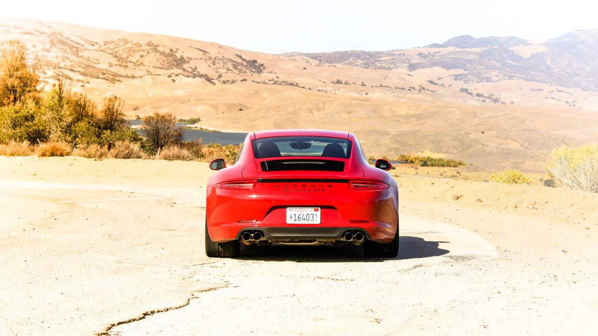 Porsche 911 Carrera GTS Wallpaper 5