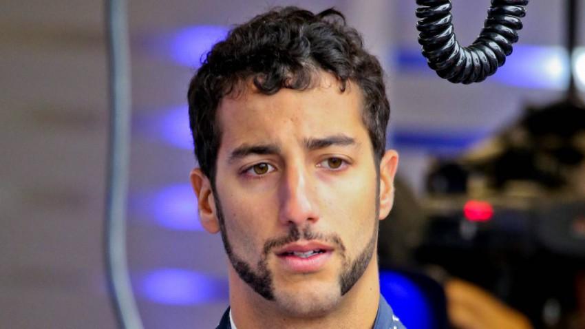 So werden wir Ricciardos Bart in Erinnerung behalten.