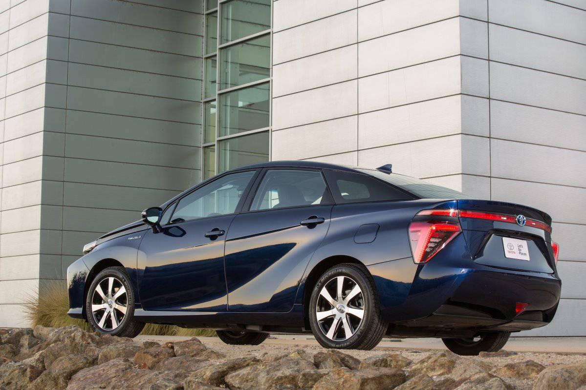 _Toyota Mirai 2016 4
