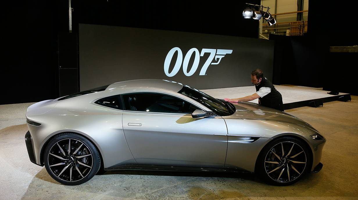 aston martin db10 für james bond
