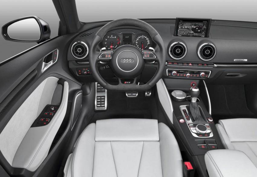 _Audi-RS-3-Sportback-2015-(4)