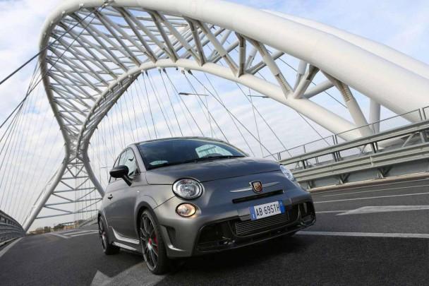 _Fiat-Abarth-695-biposto-10