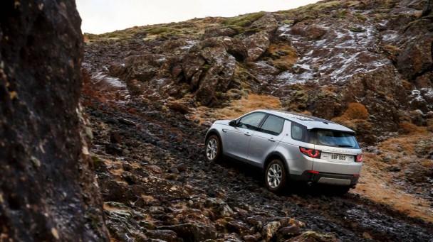 Der Land Rover Discovery Sport ist für jedes Gelände gemacht.