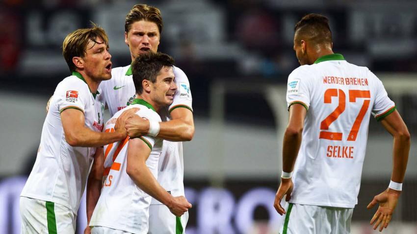 Werder Bremen gegen Borussia Dortmund am 20.12.2014 um 15:30 Uhr.