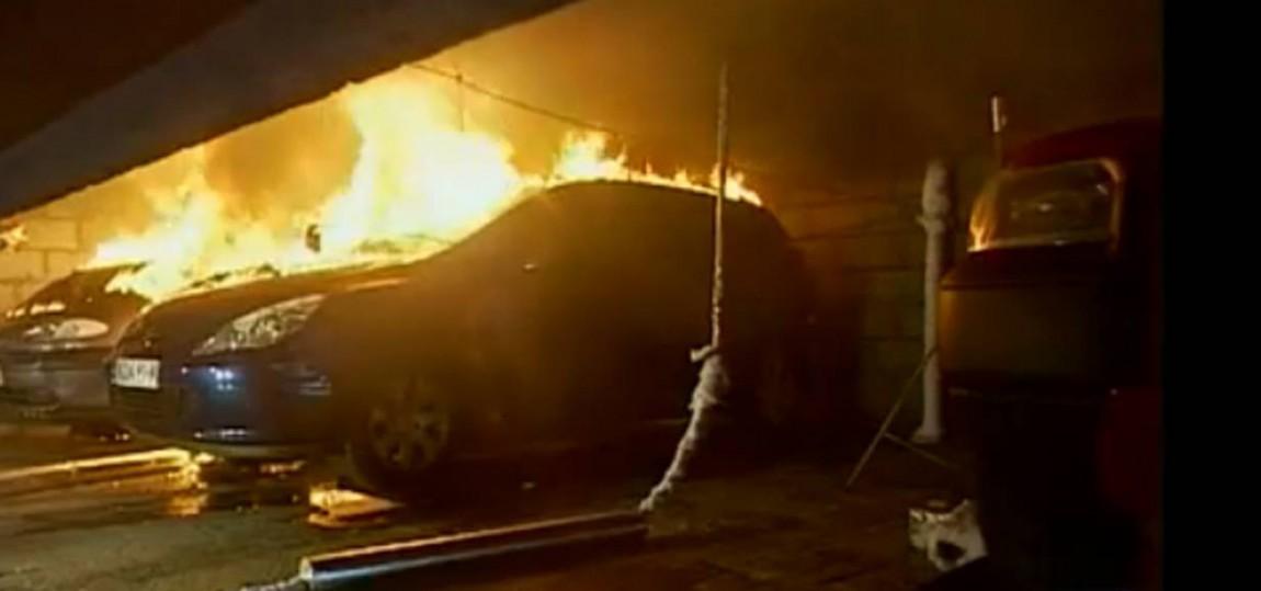Wie schnell ein Auto brennt
