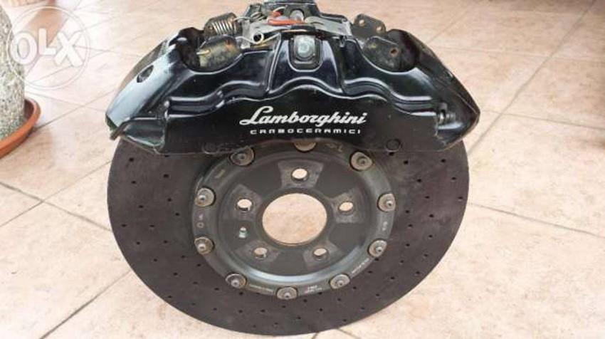 Die Carbon-Keramik-Bremse dürfte, anhand des Videomaterials, nicht allzu oft verwendet worden sein.