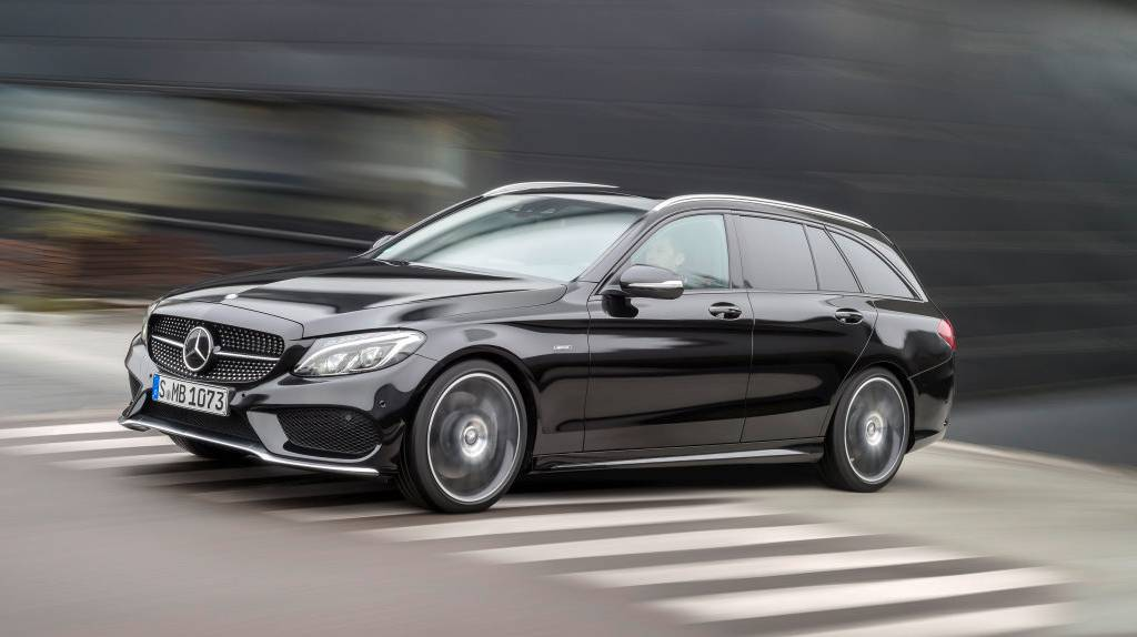 Mercedes-C-450-AMG-4matic-(7)
