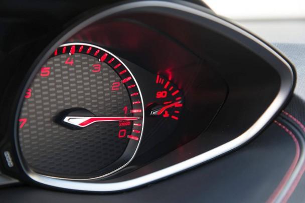 _Peugeot-308-GT-(18)