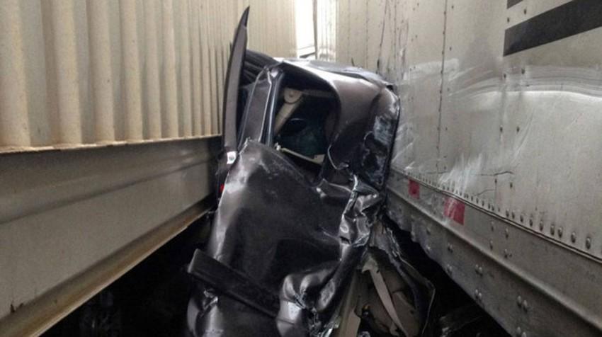 Unglaublich, dass jemand diesen Unfall überleben kann.