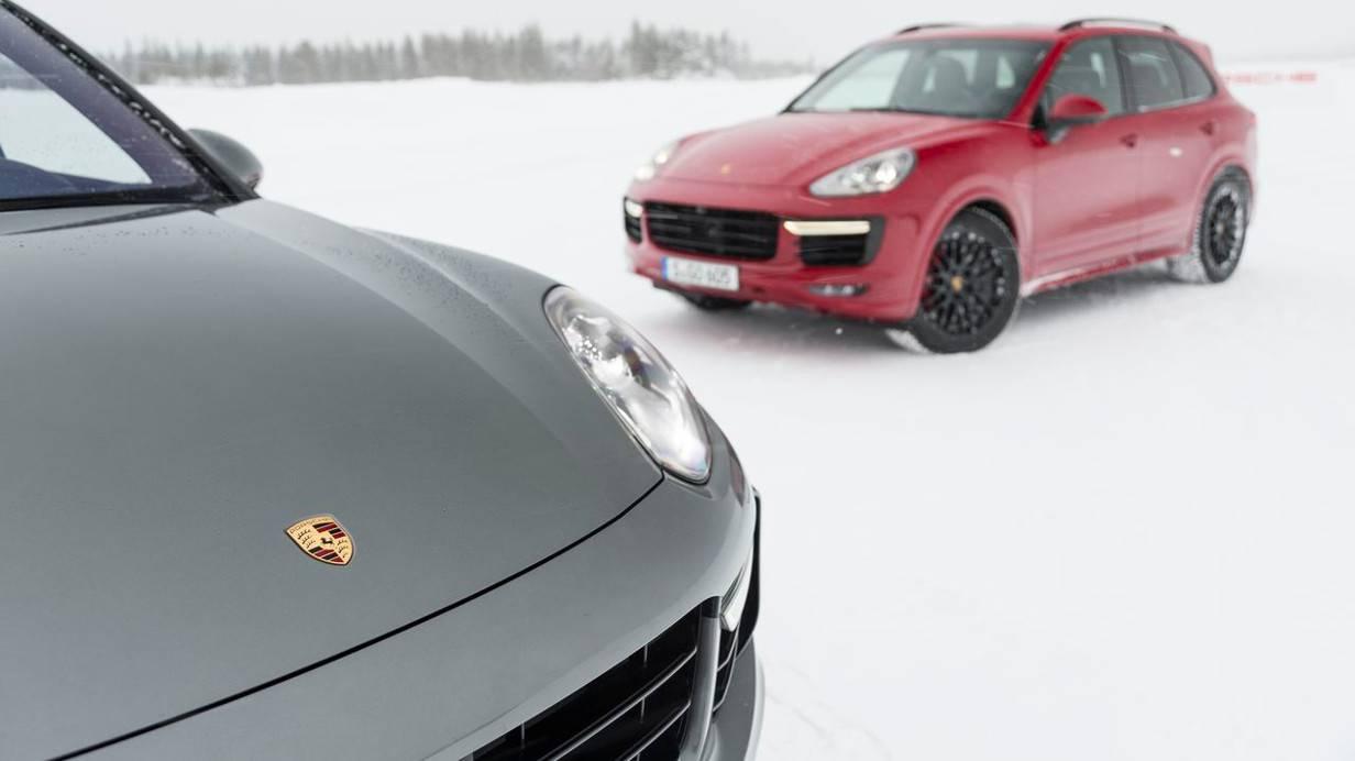 Porsche Cayenne GTS 13