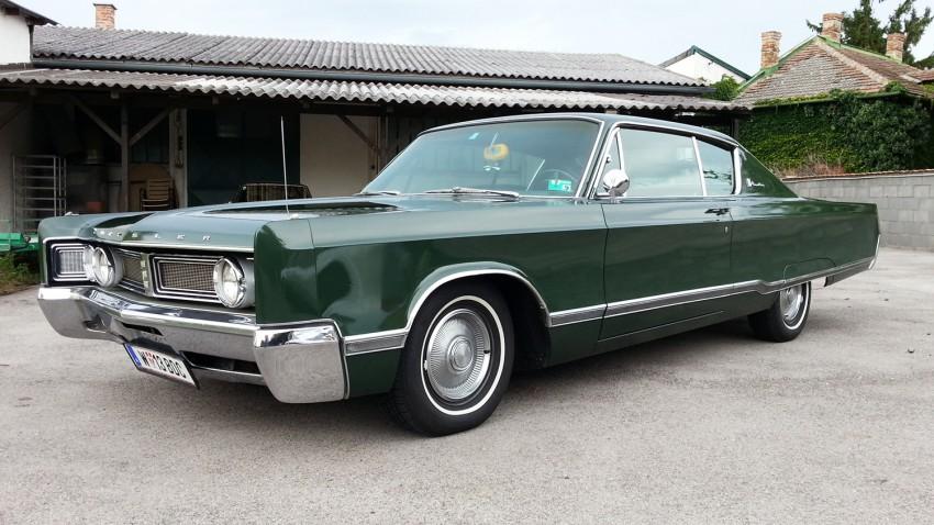 Chrysler Newport Custom Coupe 383