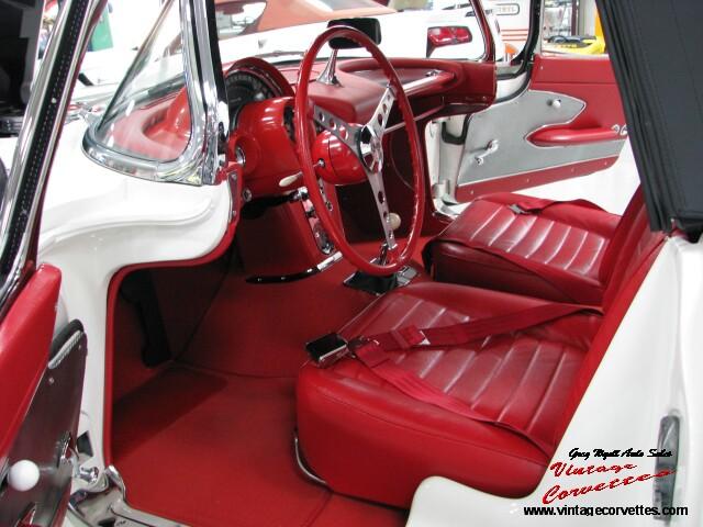 59-interior-left