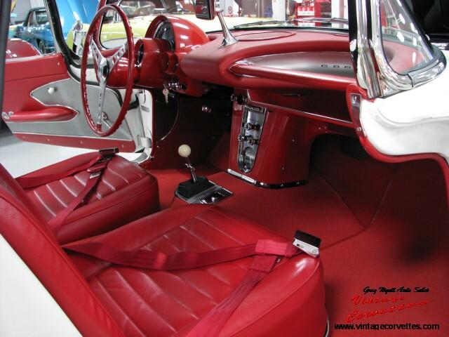 59-interior-right