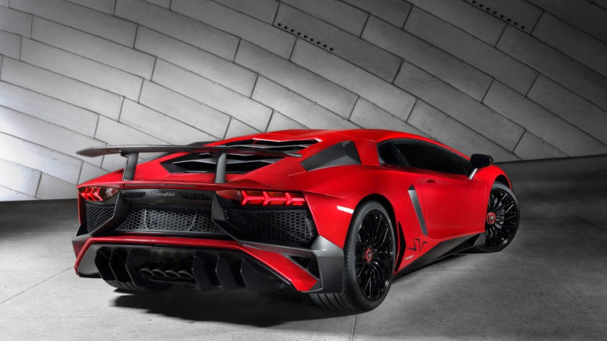 Lamborghini Aventador LP 750-4 SV heck hinten seite