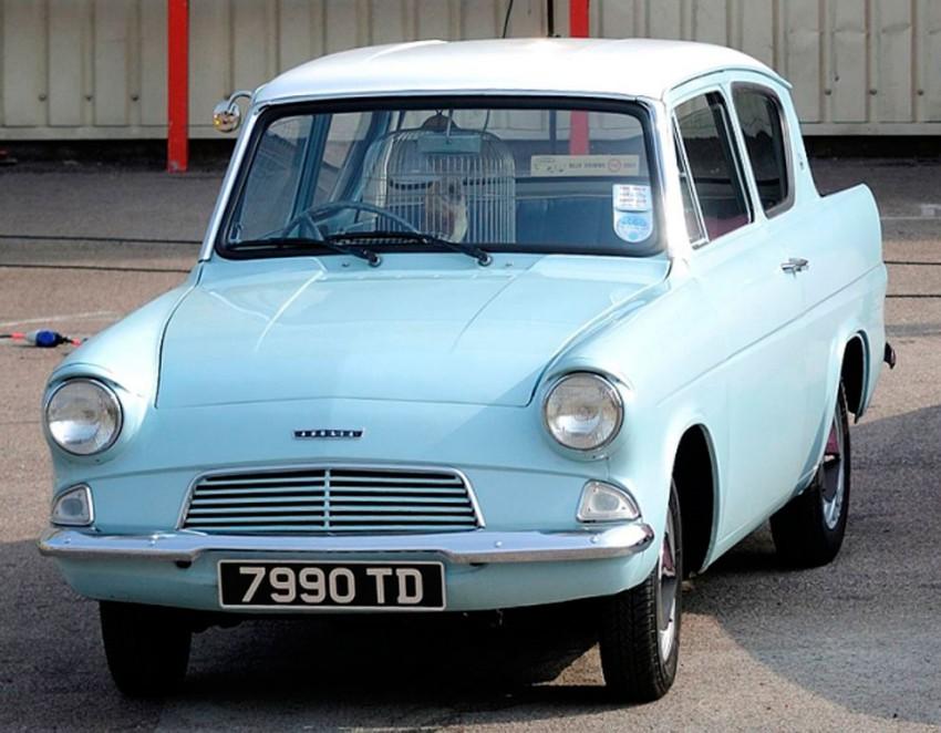Ford Anglia (3)