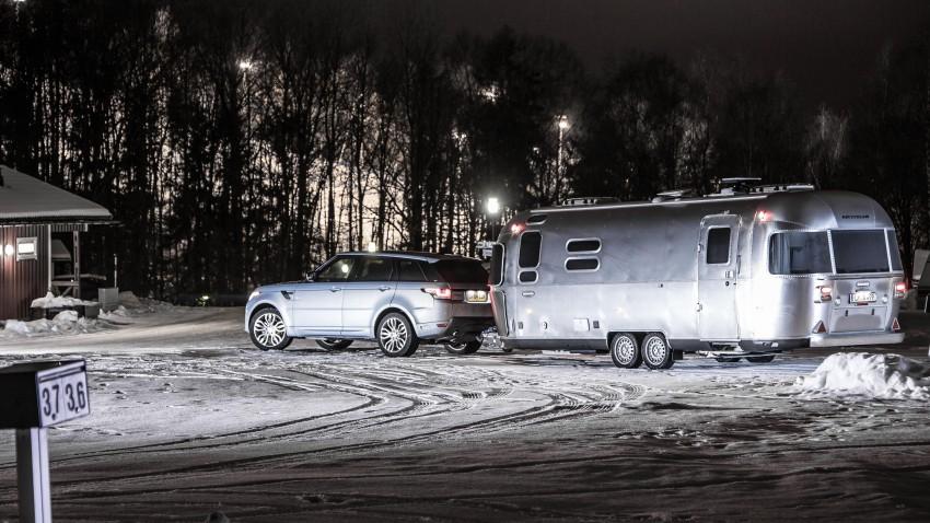 Land-Rover-Airstream-Polarkreis-03