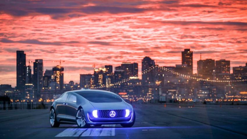 Mercedes F 015: Mercedes' autonomes Alien