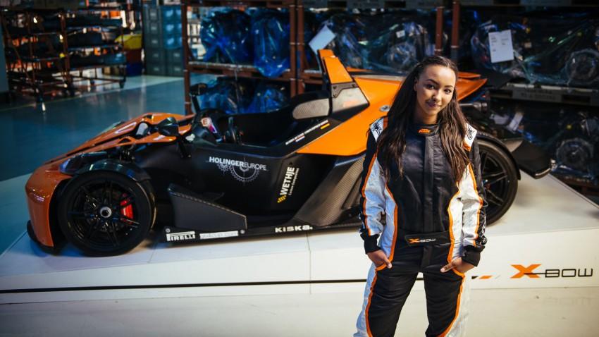 Naomi Schiff KTM GT4