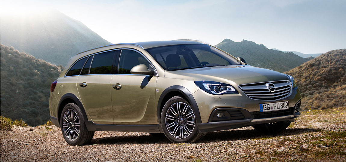 Opel-Insignia-Country-Tourer-2