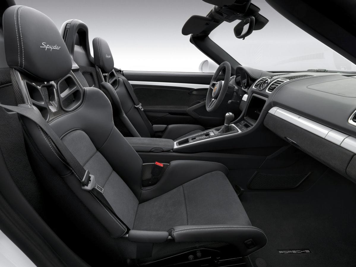 Porsche Boxster Spyder 2015 weiß