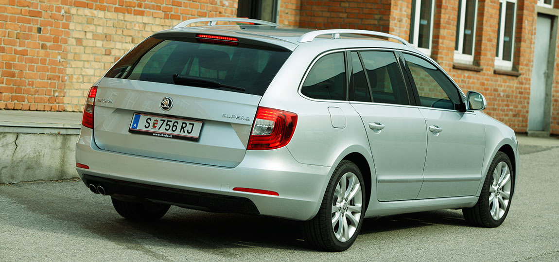 Skoda-Superb-Kombi-AR-5
