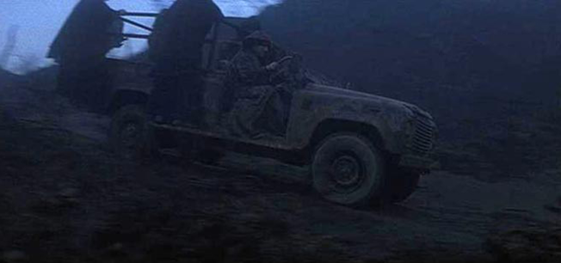 10-Filme-mit-dem-Land-Rover-Defender-reign-of-fire