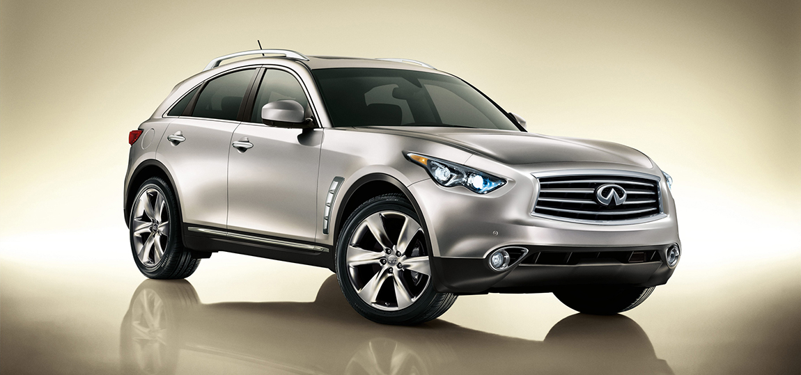 2013-infiniti-fx-front-three-quarters-view