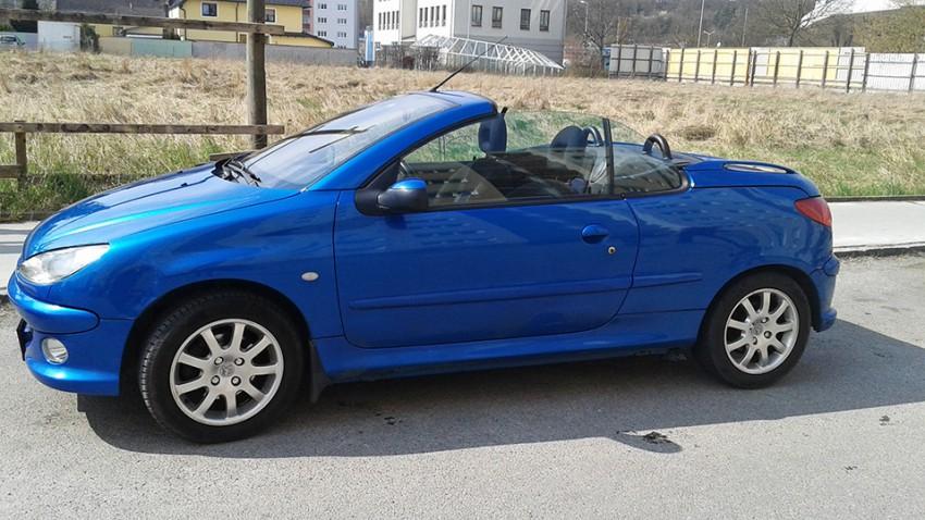 Peugeot 206 CC 1,6 16V blau