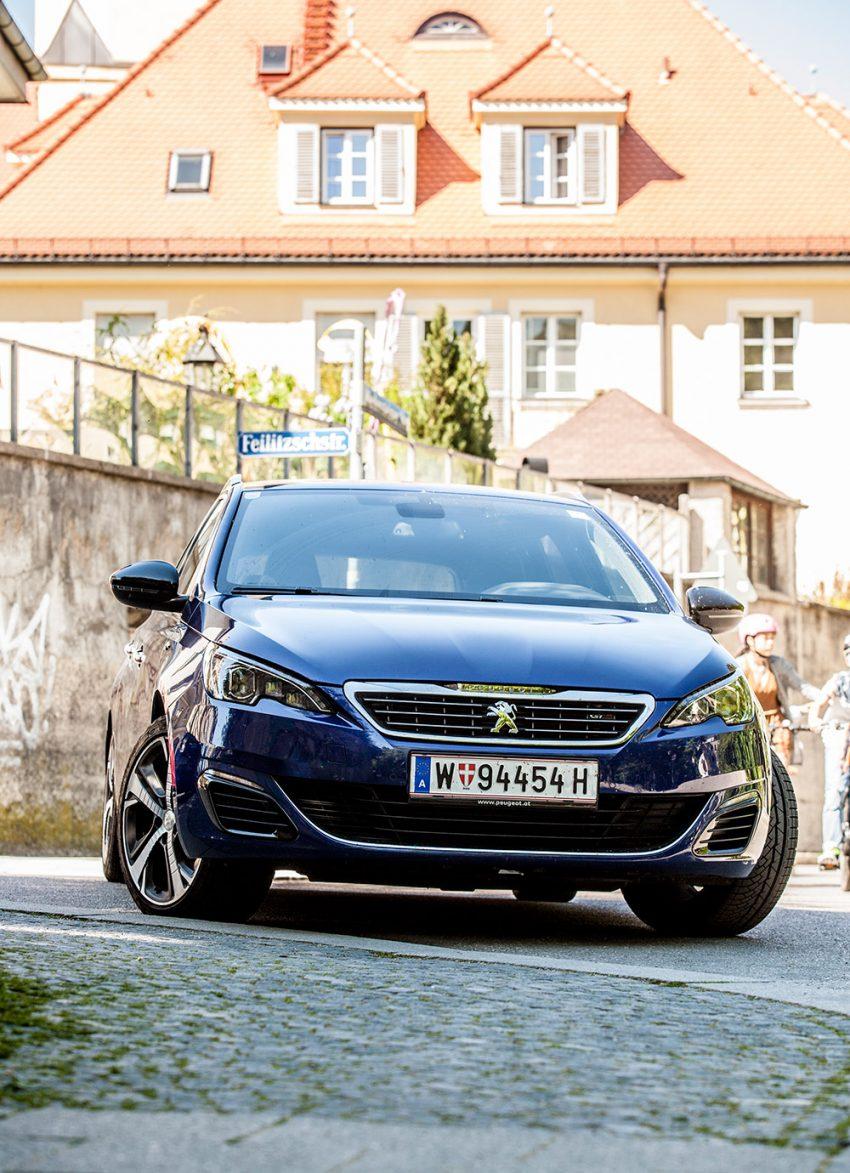 Peugeot-308-SW-GT-180-BlueHDi-02