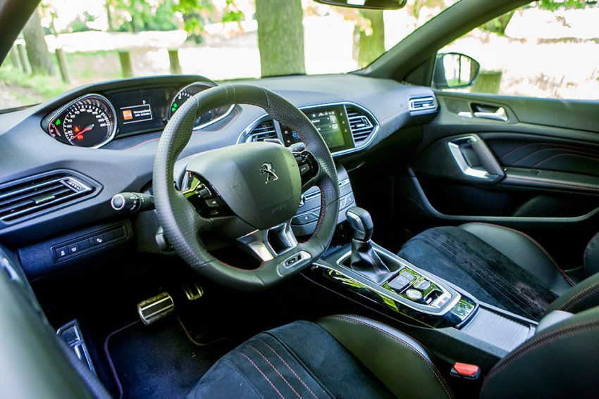 Peugeot-308-SW-GT-180-BlueHDi-12