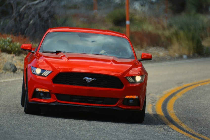 Ford Mustang 2015 (2)