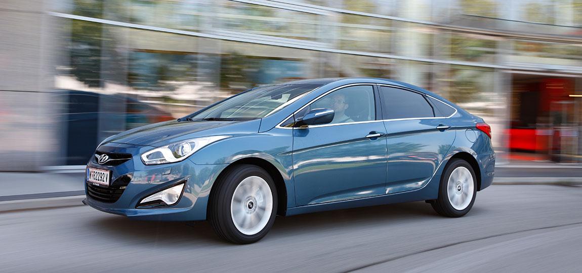 Hyundai-i40-Lim._7-AR