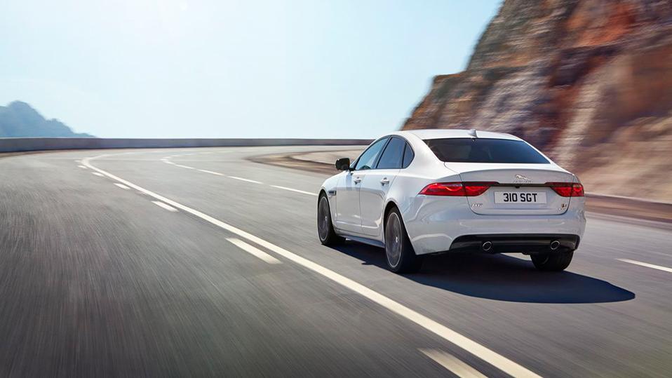 Jaguar XF 2015 Österreich Preise Daten