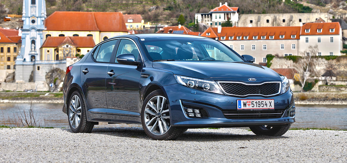 Kia-Optima--1-AR