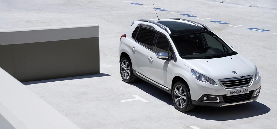 Peugeot-2008 2015