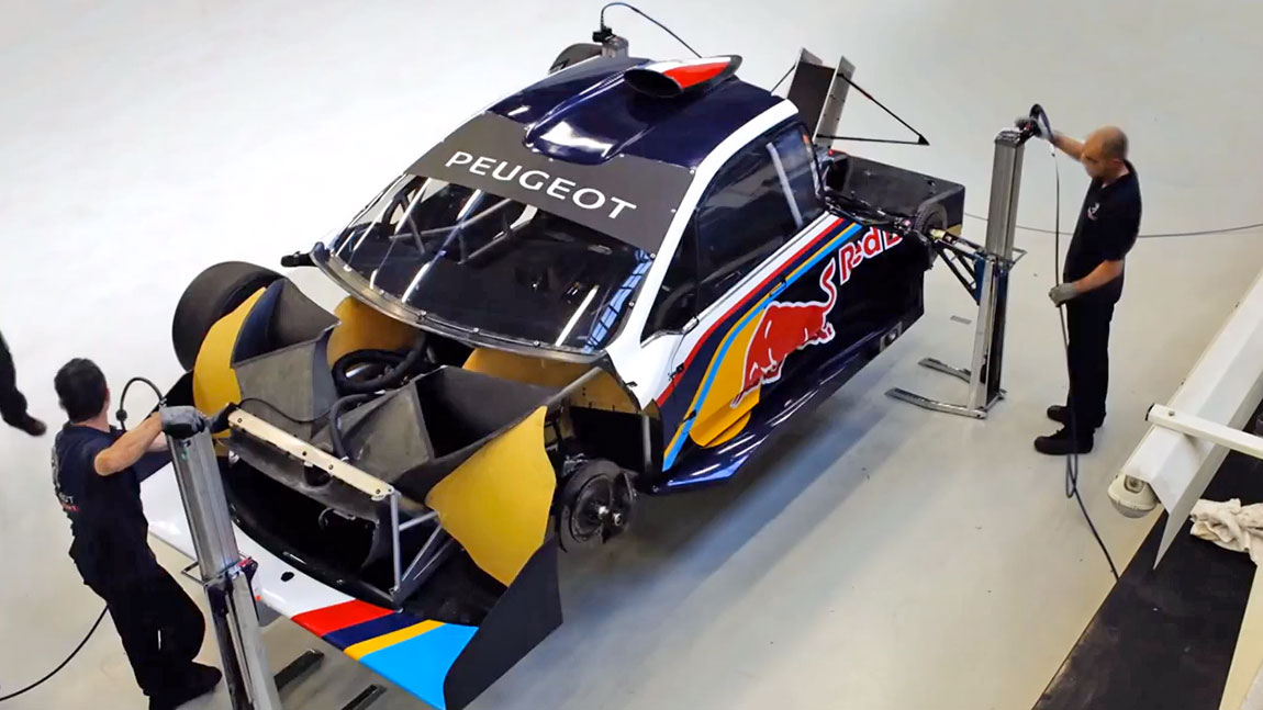 timelapse aufbau des peugeot 208 t16 pikes peak. Black Bedroom Furniture Sets. Home Design Ideas