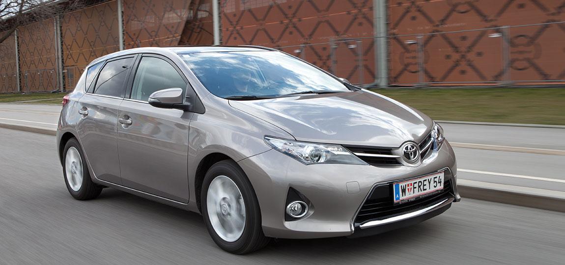 Toyota-Auris_7-AR