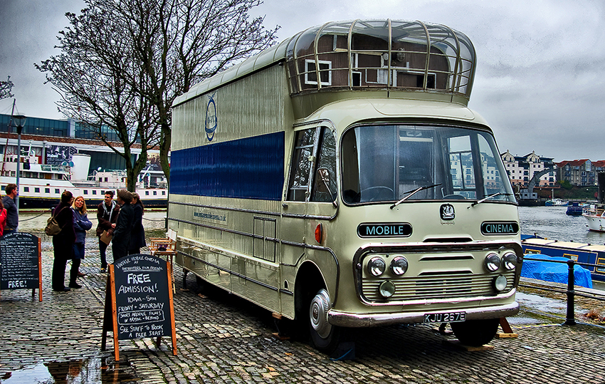 vintage mobile cinema