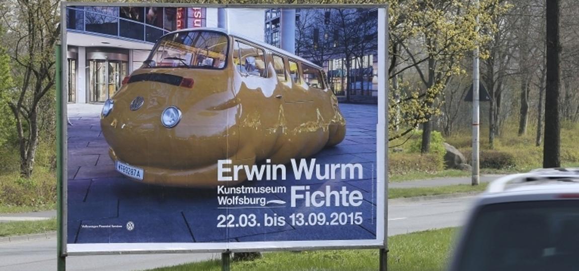 VW-Bulli-T2b-Erwin-Wurm-12